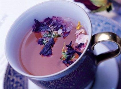 Фото - Употребление чая при кормлении грудью