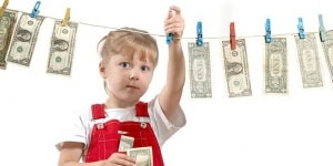 Фото - Приучение ребенка к деньгам с трех лет