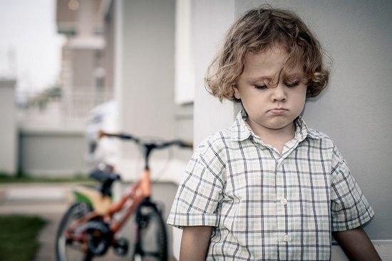 Фото - Обесценивание личности. Заниженная самооценка у ребенка: как распознать и чем помочь?
